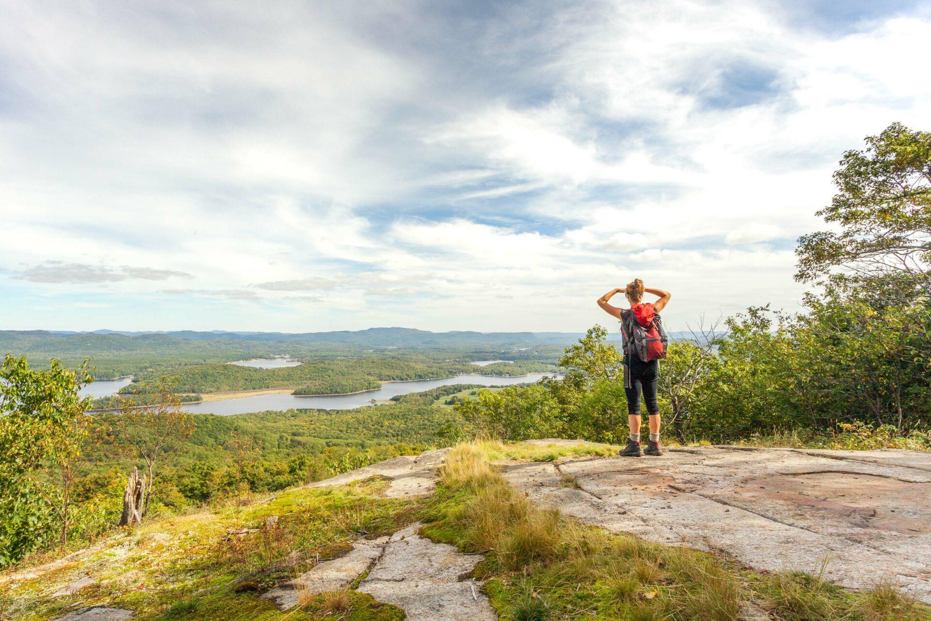 Parc régional Poisson Blanc sentier pédestre randonné
